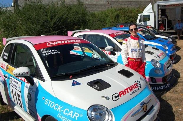 Adriana Barbosa e o seu FIAT Abarth 500