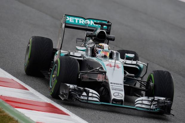 Lewis Hamilton @ foto by Pirelli PR
